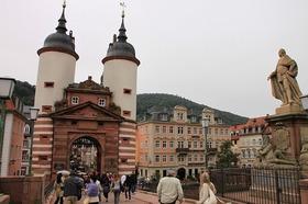 ハイデルベルク&ライン川1日観光ツアー ロマンティックな中世の町と世界遺産川くだり! 【期間限定4月~11月上旬】