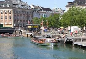 コペンハーゲン運河クルーズ乗船チケット(ガンメルストランド発)