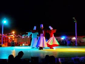 砂漠でベリーダンスショー&アラブ風ビュッフェディナー [ディナー会場で日本人ガイドによるご案内付き]