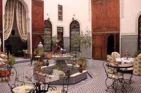 フェズで憧れの豪華邸宅ホテルに滞在!スタンダードリアド2泊3日