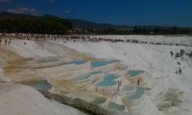 イズミル発 世界遺産パムッカレ&エフェソス遺跡 2日間 英語ガイド付きプライベートツアー