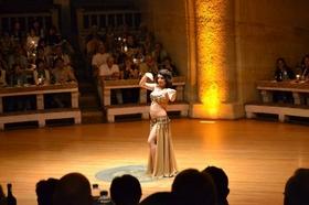 ターキッシュ・ナイト トルコの伝統舞踊とベリーダンスショー