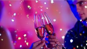 2018年の到来を祝う!パリの夜景とマリーナ・ド・パリ豪華セーヌ河ディナークルーズ [大晦日限定]