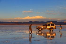 ウユニ塩湖6日間 [ロサンゼルス発 / ドライバーのみ] ※燃料込み
