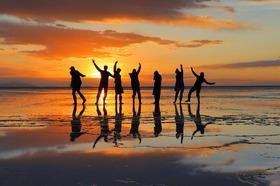 ウユニ塩湖6日間 [トロント発 - ワーホリに人気!ウユニで丸々2日間 / ドライバーのみ] ※燃料込み