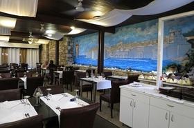 多種多様な料理が楽しめる老舗レストラン ミモザ/ MIMOZA 席予約