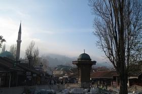 隣国ボスニアヘルツェゴビナを巡る3日間/世界遺産モスタル・首都サラエボへの旅【ドブロブニク発着】