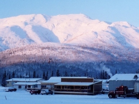 北極線を越える!北極圏遊覧飛行+コールドフットを訪れる午後半日ツアー【フェアバンクス発/9月~4月】