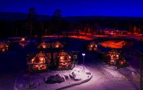 フィンランドで宿からオーロラ鑑賞 4日間 [航空券・極寒川くだり・ガラスイグルー1泊・スノーイグルー1泊・ロッジ1泊] ヘルシンキ発