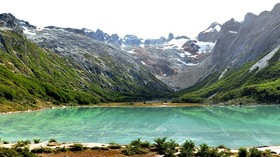世界の果て ウシュアイアのエメラルド湖を見て来よう!【期間限定:10月~3月】
