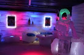 ペリト・モレノ氷河と氷の博物館・グラシアリウムに行こう!氷のバーでのドリンク付き!