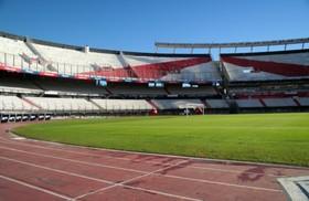 アルゼンチンサッカーの聖地、リーベルプレート、ボカジュニアーズスタジアム見学ツアー