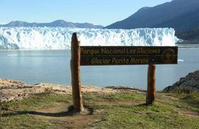ペレトモリノ氷河を満喫する4日間【エル・カラファテ発/空港送迎/ホテル3泊/英語ガイド】