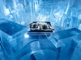 アイスホテル アートスイート365 宿泊【氷の部屋1泊+往復空港送迎 / 11月~4月】