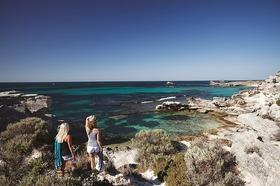 ロットネス島の見どころ周遊ツアー