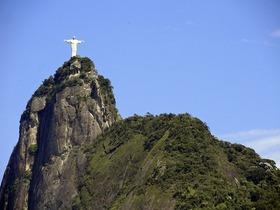人気スポットを巡る!リオデジャネイロ市内ツアー【コルコバードの丘・セラロン階段・シュガーローフ】