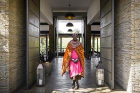 サンクチュアリー オロナナ宿泊パッケージ【マサイマラ空港送迎/ゲームアクティビティー/食事付】