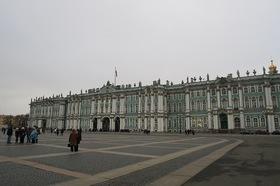 見所を巡る!サンクトペテルブルク市内観光3時間【日本語ガイド / 徒歩または専用車】