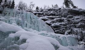 氷の世界!凍った滝が見られるKorouoma国立公園【ロヴァニエミ発/期間限定:12月1日~3月31日】
