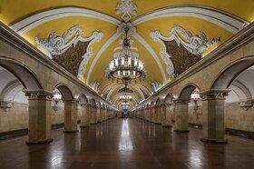 盛りだくさんのモスクワ観光1日!【地下鉄利用&リバークルーズ / 日本語ガイド】