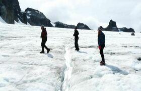 アルビーノ氷河トレッキング