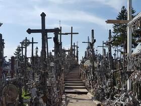 リトアニアの巡礼地 十字架の丘日帰り【英語ガイド / ヴィリニュス送迎】