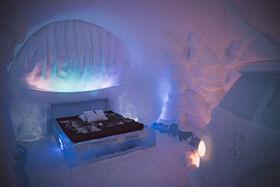 世界発の氷のホテル!アイスホテル探検【アビスコ/ ビョークリデン発】