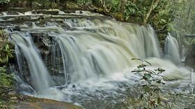 プレジデンテ・フィゲイレドの美しい滝を訪れる日帰りツアー【マナウス発/ 昼食付/ 英語ガイド】