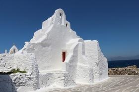 純白の島 エーゲ海 ミコノス島 2日間【アテネ発 / 往復フライト / 空港送迎 / 宿泊】