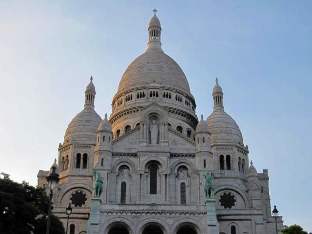 モンマルトル+パリ市内観光 (午前/午後)