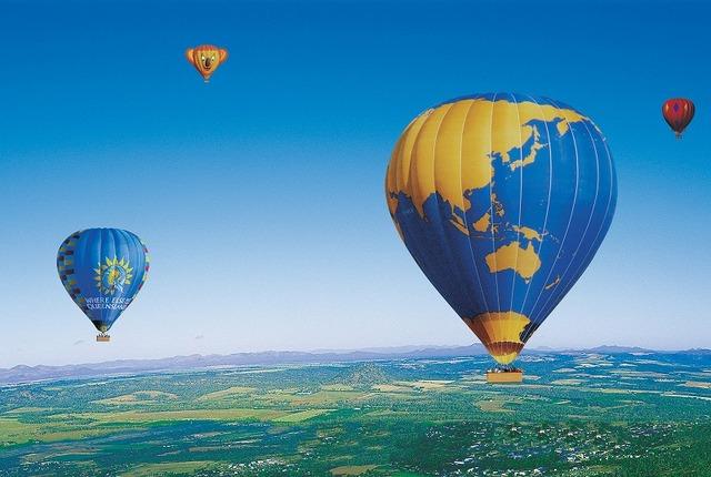 パームコーブ発 ホットエアーで行く熱気球