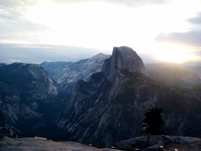 ロサンゼルス発/ヨセミテ国立公園写真撮影1泊2日の旅