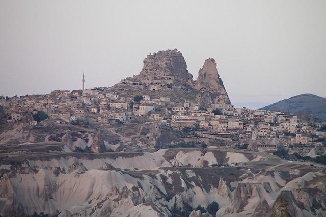 カッパドキアの主要な見所を1日で!キベレ1日ツアー 日本語ガイド付き