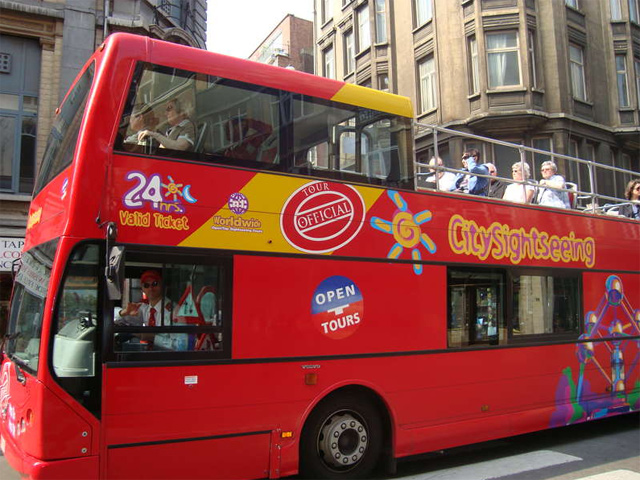 ブリュッセル市内観光に最適!乗り降り自由な2階建て観光バス