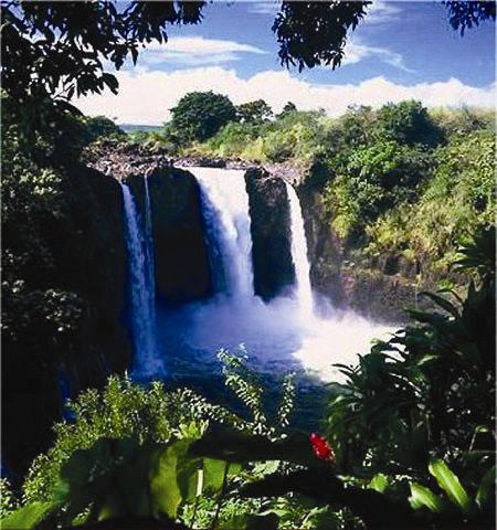キラウエア火山国立公園ボルケーノ アドベンチャーツアー【ハワイ島ヒロ発】