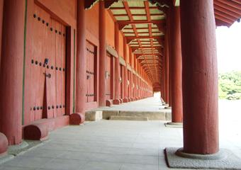 世界文化遺産1日ツアー(昌徳宮・宗廟・宣靖陵)