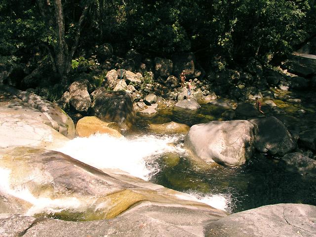 世界遺産ウールヌーラン国立公園と熱帯雨林