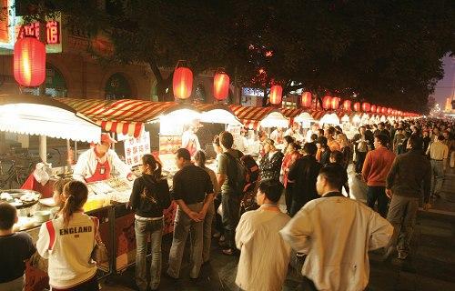 胡同と全聚徳・北京ダックの夕食&ナイトマーケット散策