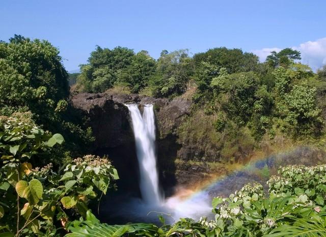 """ハワイ島周遊観光""""世界遺産の絶景"""""""