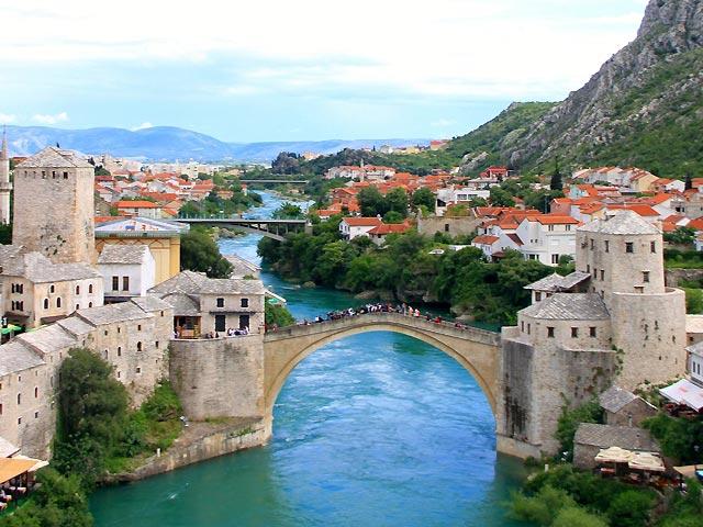 世界遺産モスタル 隣国ボスニア・ヘルツェゴビナへ!【英語ガイド/ドブロブニク発着】