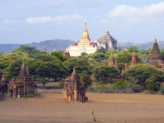 バガン周辺寺院半日観光