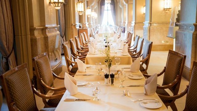 7つ星ホテル「エミレーツ・パレス」 のル・ヴァンドームでのお食事