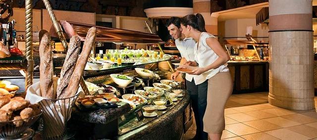5つ星ホテル ミナ サラームでのお食事。 レストラン ハナヤ
