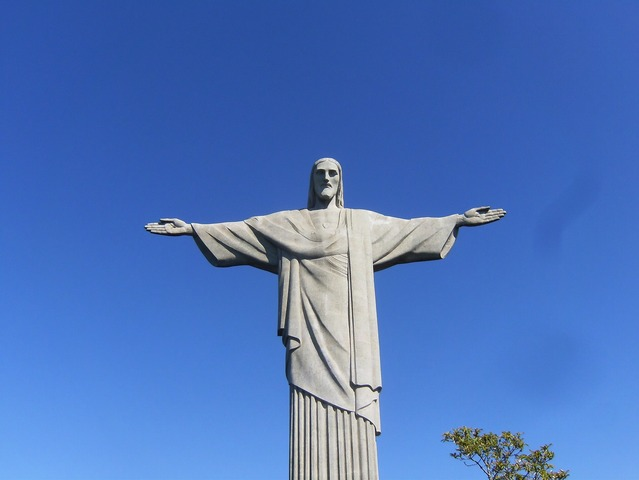 コルコバードの丘を散策!リオ市内半日観光 [午前/日本語ガイド/専用車利用]